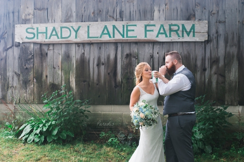 paradis photography maine wedding photographer beer craft beer shady lane farm