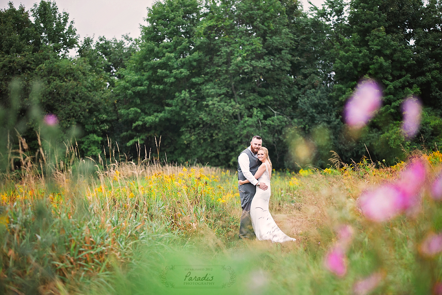 paradis photography maine wedding photographer field portraits flowers