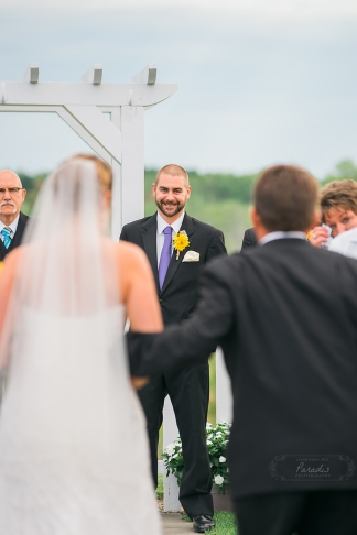 Groom seeing his bride down the aisle | Paradis Photography #MaineWeddingPhotographer