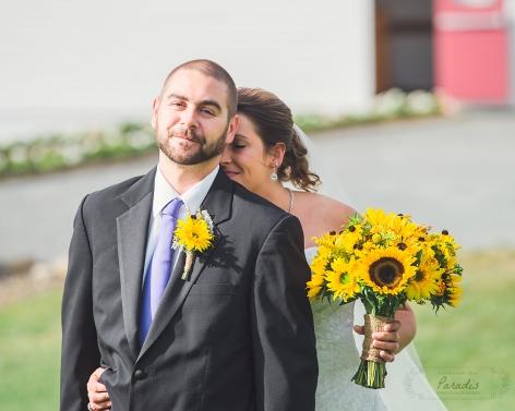 bride and groom- First Look | Paradis Photography #MaineWeddingPhotographer