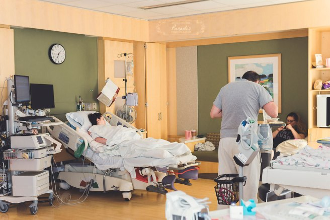 Support during labor   Maine Birth Photographer Paradis Photography