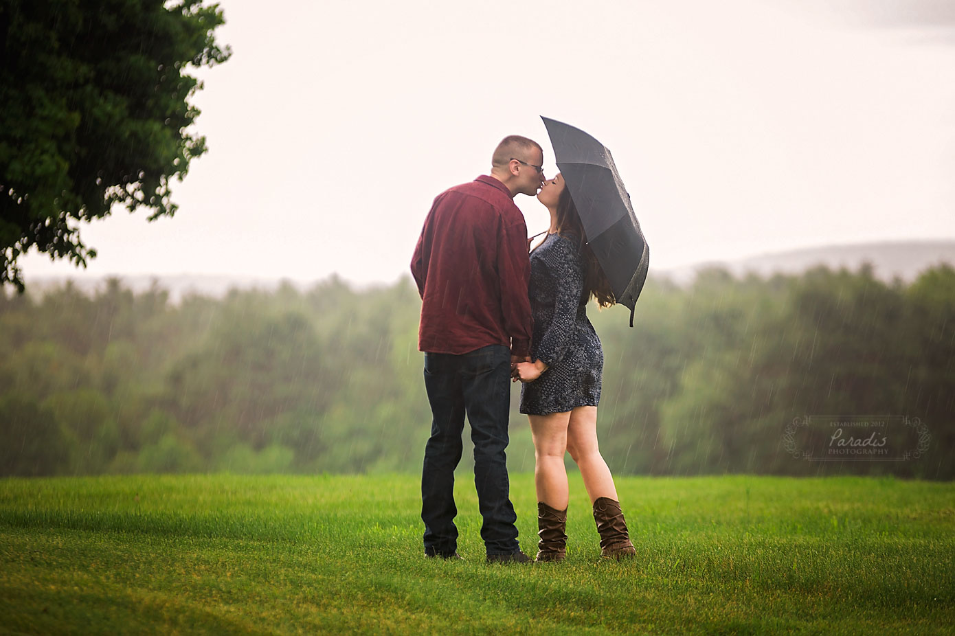 Romantic Rain | Paradis Photography Maine Wedding Photographer