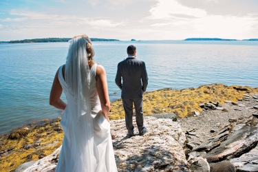first look, maine, wedding, freeport maine, atlantic ocean, destination wedding photographer