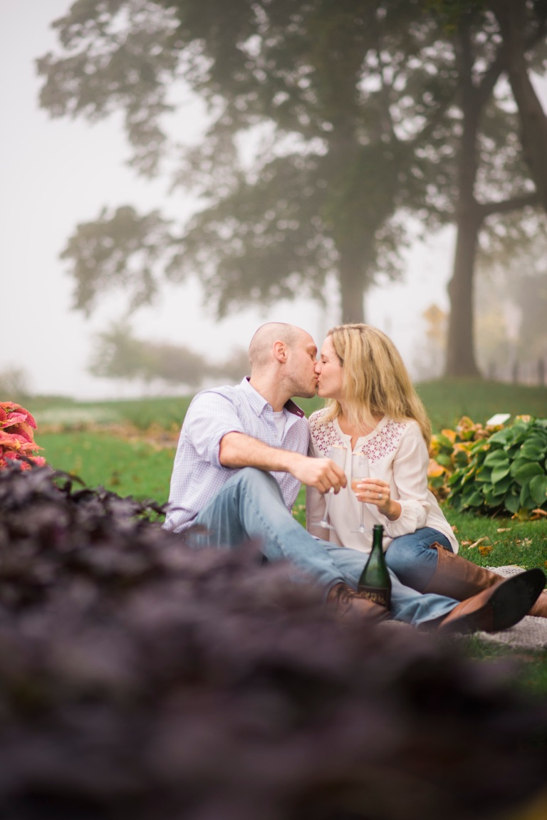 portsmouth wedding photographer, maine wedding photographer, maine, new hampshire, new england, engagement photo session, love, couples, champagne, kiss, prescott park