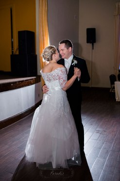 First Dance as an Engel | Paradis Photography
