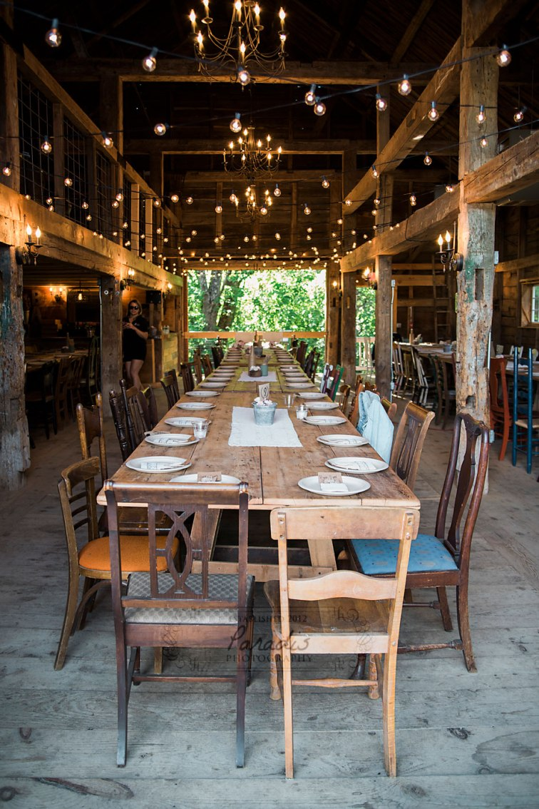 wedding Barn Tables | Paradis Photography